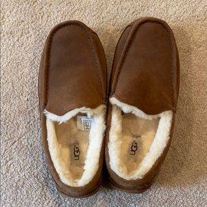 UGG slippers men's size 9